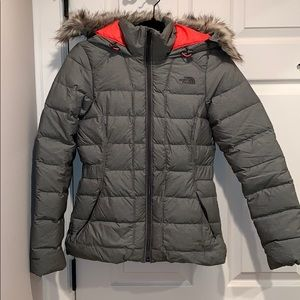 NWOT! XS North Face puffer coat with removable fur